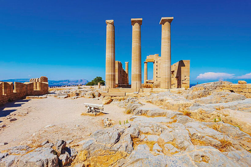 Excursion-Acropolis-of-Lindos-and-the-Citadel-of-the-Knights-2