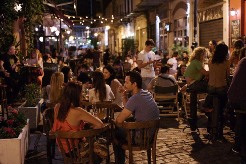 Macedonia_Thessaloniki_NightLife_4371_HKakarouhas