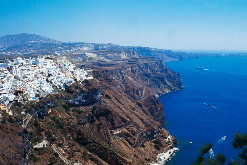 Santorini_Fira_014_YSkoulas