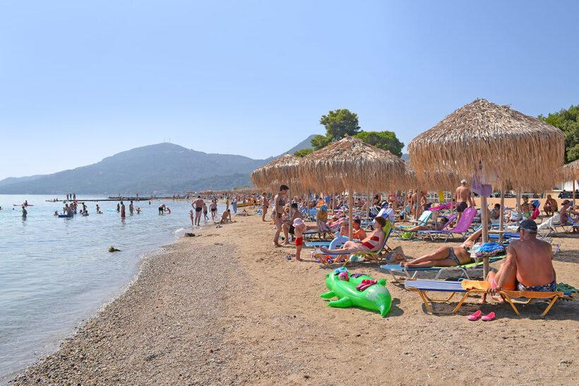 Plazhi privat Messonghi Beach Hotel Corfu
